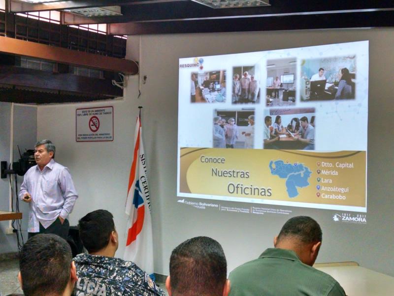 Conversatorio: Herramientas para establecer la cooperación entre los Operadores y los Organismos de Control. José Alirio Jaimes, representante del RESQUIMC, explicó los mecanismos de cooperación y la industria